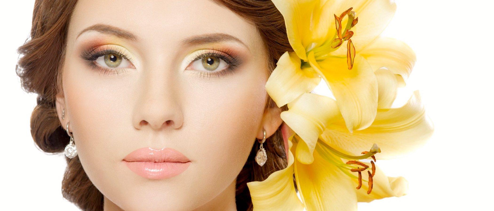 Mirada brillante: apuesta por los ojos glitter