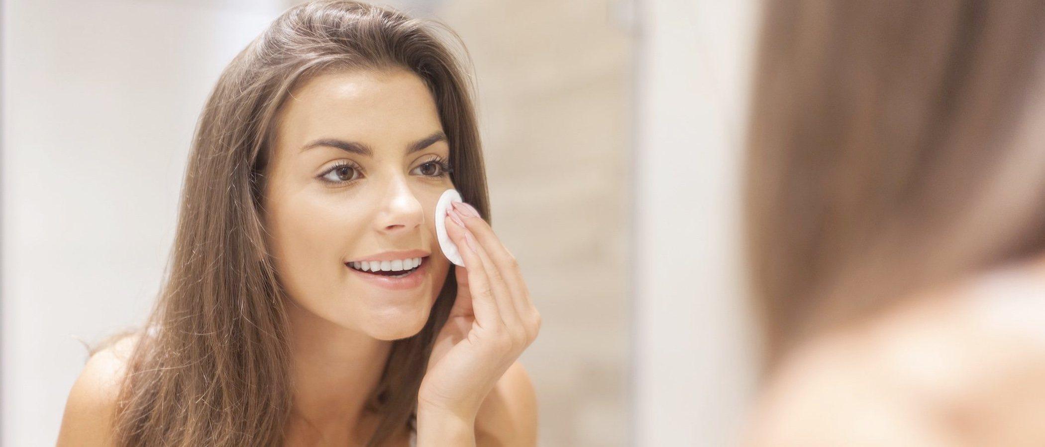 Cómo elegir tono de maquillaje cuando estás morena