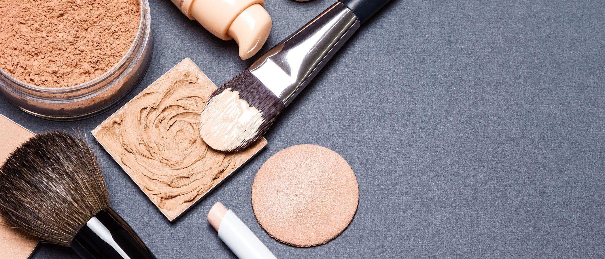 Cómo maquillarse para simular estar morena