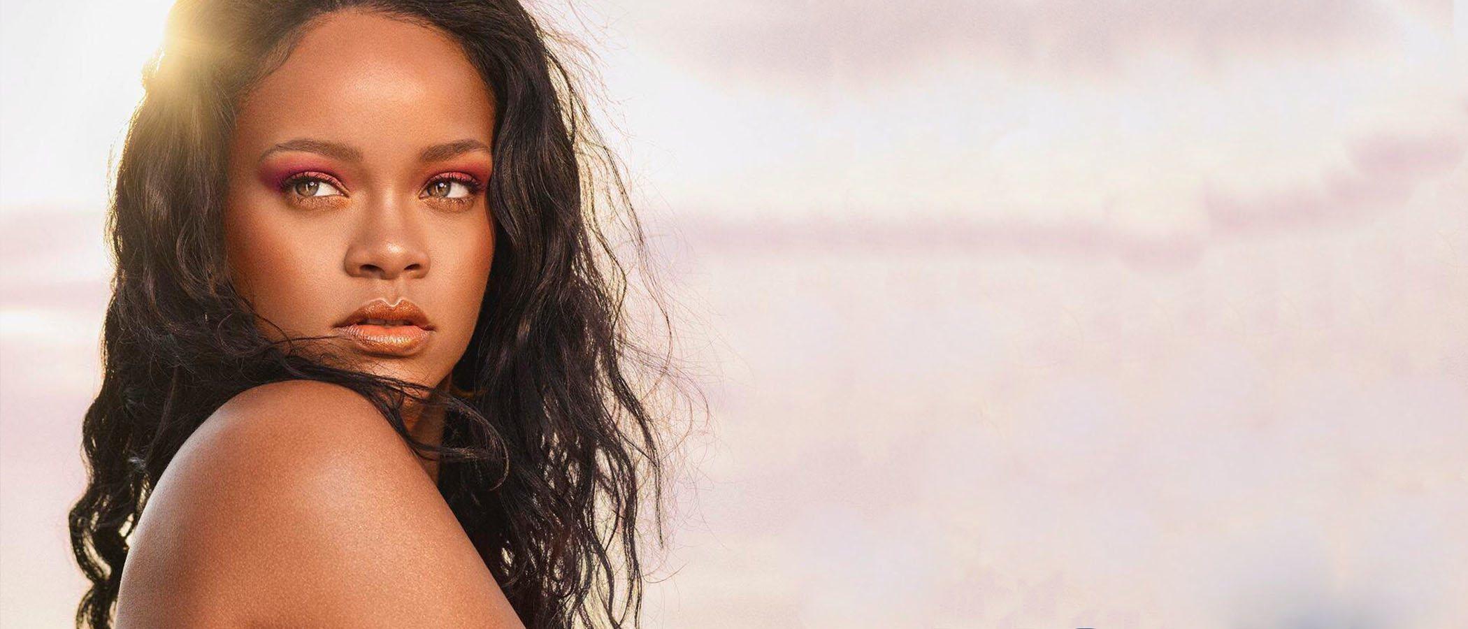 Rihanna anuncia con 'Beach Please' la esperadísima colección completa de verano de Fenty Beauty
