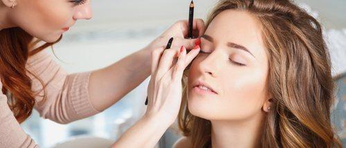 Cómo maquillarse para tapar rojeces