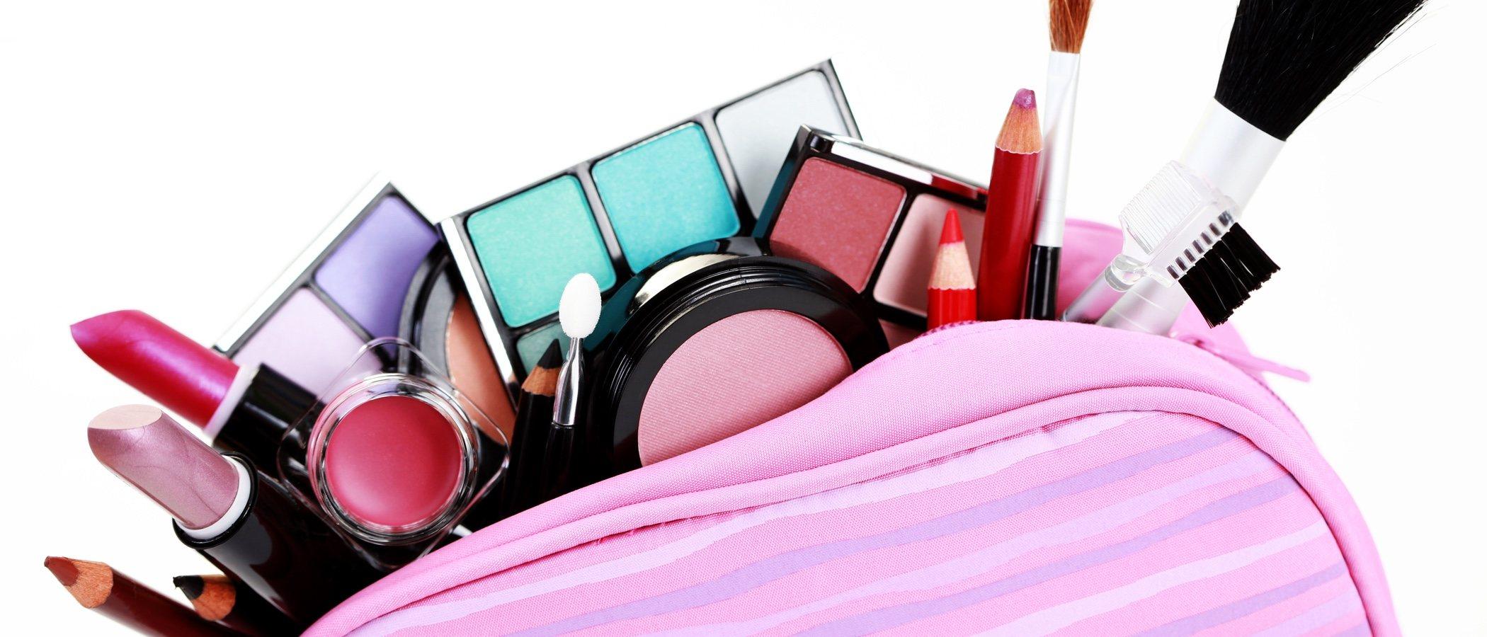 Kit básico de maquillaje: lo que siempre tienes que tener contigo