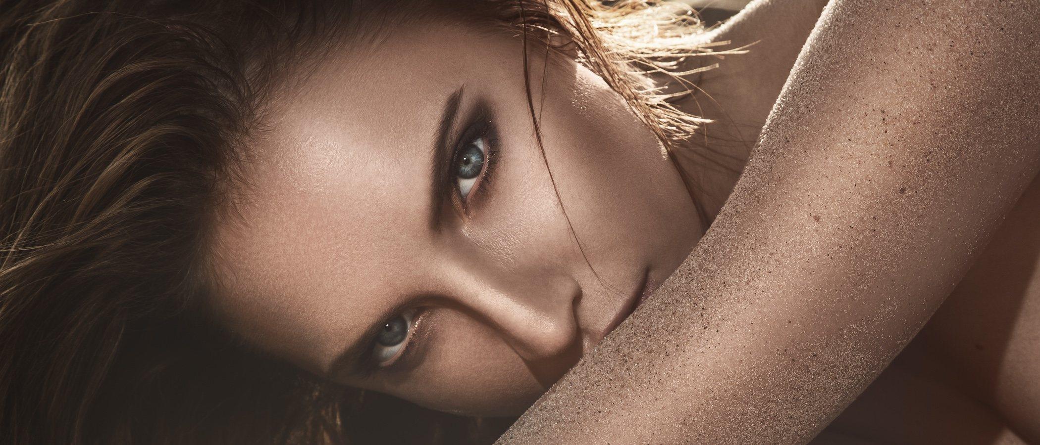 ¿Maquillada a la playa? Te contamos qué productos debes utilizar