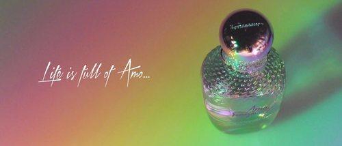 El nuevo perfume de 'Amo Ferragamo Floweful', el aroma de la felicidad