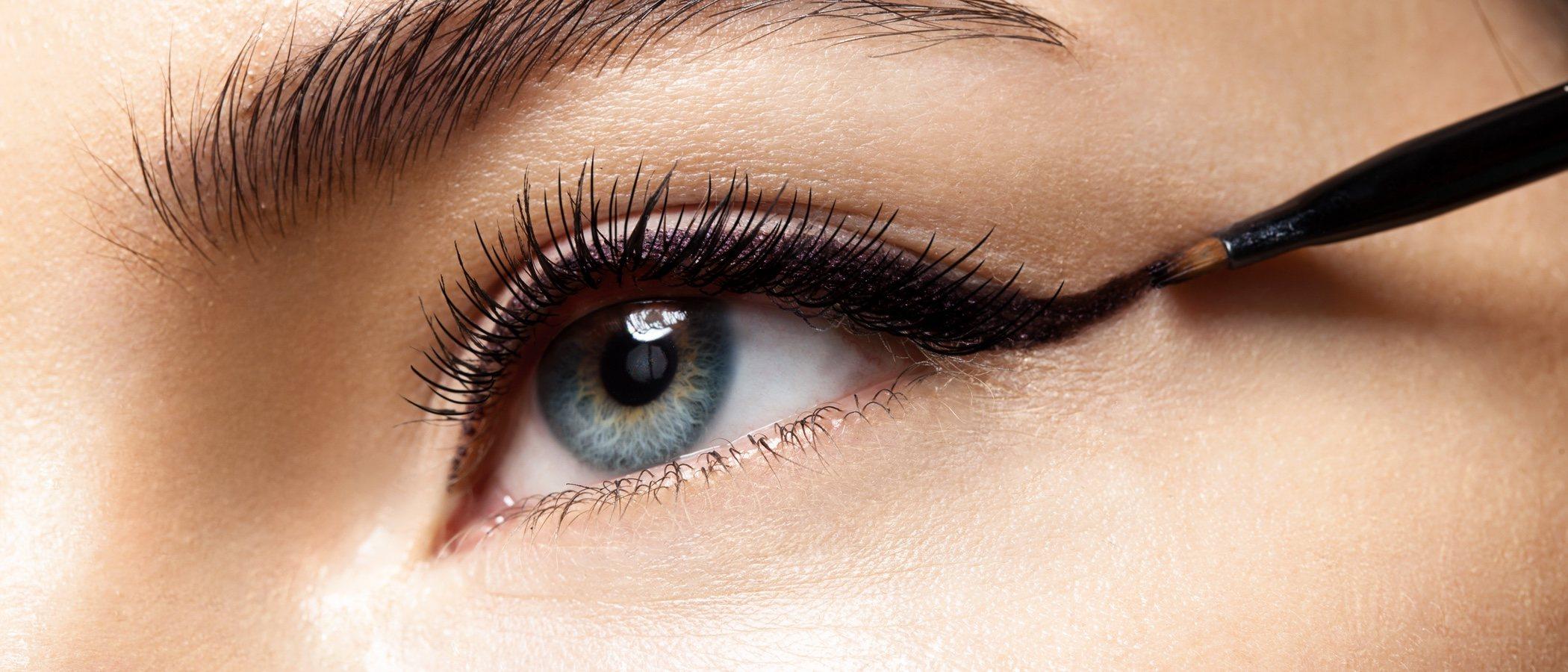 5 eyeliners low cost que no pueden faltar en tu kit de maquillaje