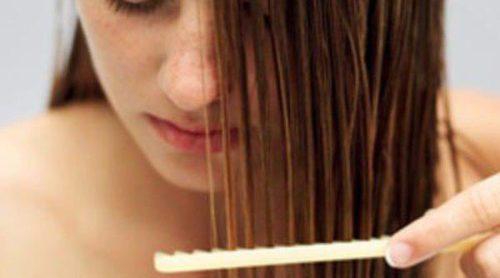 Mascarilla natural para el cabello quebradizo
