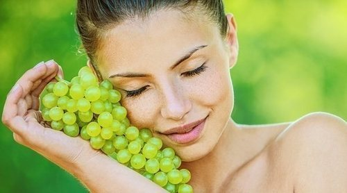 Las uvas, un remedio natural antiarrugas