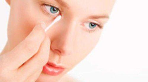 Aloe vera y aceite de oliva, un desmaquillante natural para los ojos