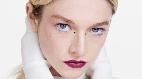 Hunter Schafer presenta los nuevos productos de Shiseido para primavera 2021