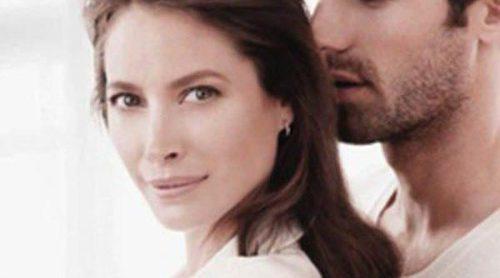 Christy Turlington es imagen del nuevo perfume de Esprit