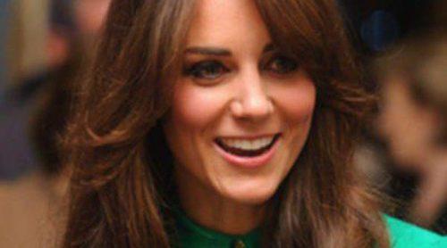 Kate Middleton cambia de look y se apunta a la moda del flequillo