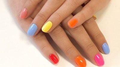 Acércate al verano y a los destinos más especiales con los colores de los esmaltes de Katai Gelfix