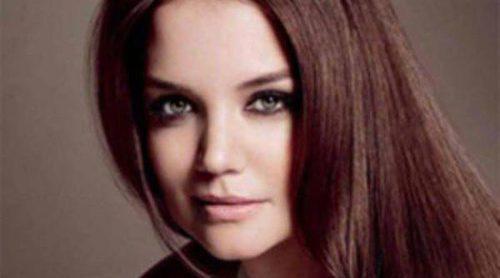 Katie Holmes se convierte en copropietaria e imagen de la firma capilar Alterna