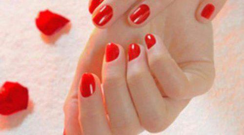Paso a paso: cómo pintarse las uñas
