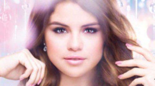Selena Gomez presenta su colección de esmaltes de uñas en colaboración con Nicole by OPI
