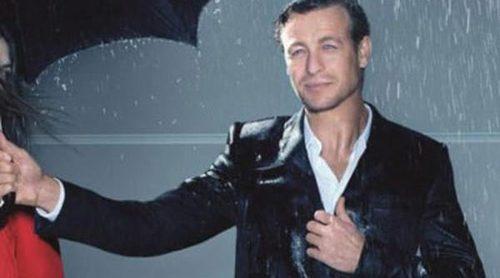 Simon Baker presenta 'Gentlemen Only' de Givenchy