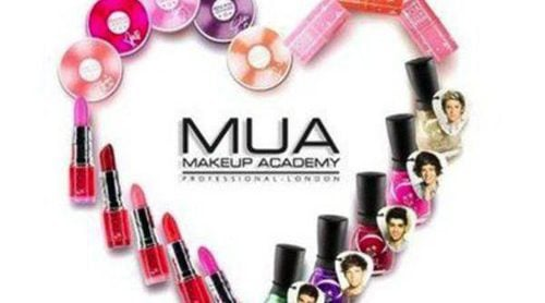 One Direction presenta una colección de maquillaje propia y dedicada a todas sus fans
