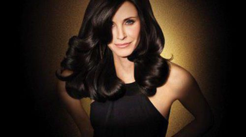 La actriz Courteney Cox, nueva embajadora de la línea Age Defy de Pantene Expert