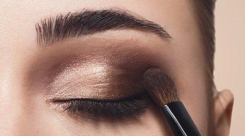 Elige la sombra apropiada al color de tus ojos para conseguir una mirada impactante
