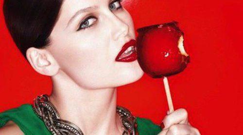 Laetitia Casta presenta la nueva colección de pintalabios 'Color Rich' de L'Oréal Paris