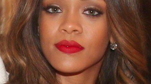 MAC se resiste a separarse de Rihanna y anuncia nueva colaboración para 'Viva Glam'