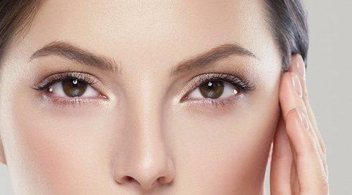 Tightlining o maquillaje de ojos invisible