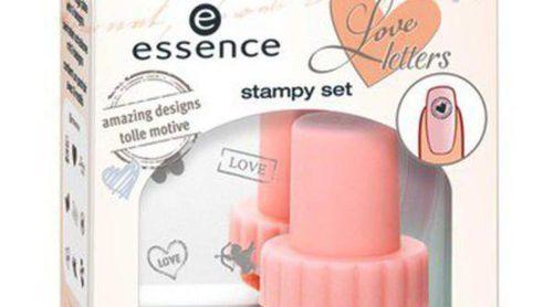 Essence presenta su colección 'Love letters' dedicada a San Valentín