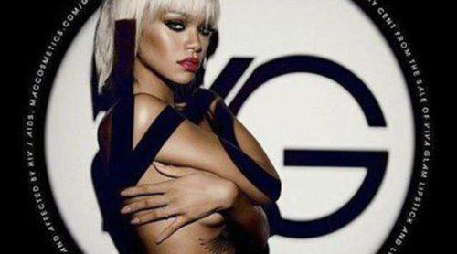 Rihanna posa muy sexy para la campaña de su línea 'Viva Glam' de MAC