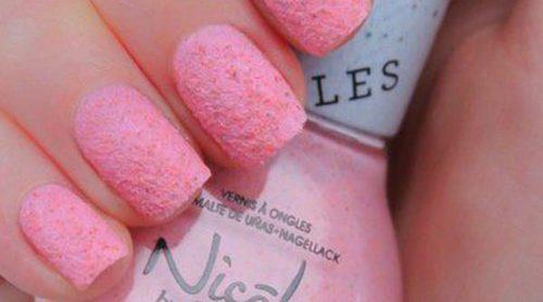 Nicole by OPI lanza 'Roughles', una línea exclusiva de esmaltes granulados con efecto arena