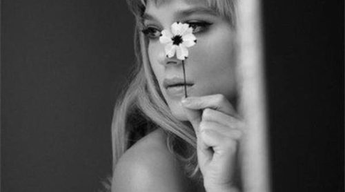 Léa Seydoux presenta la nueva fragancia 'Candy Florale' de Prada