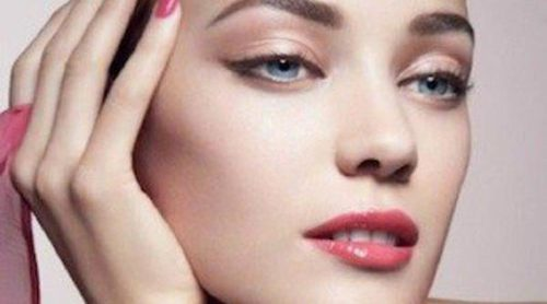 Explosión de color con 'Bright Ribbon', la nueva colección de cosméticos de Giorgio Armani