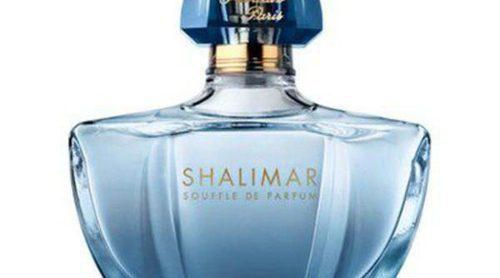 Guerlain reinventa una de sus fragancias más populares y lanza 'Shalimar Souffle de Parfum'