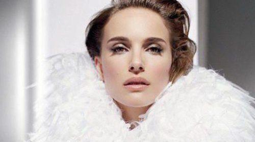 Natalie Portman se convierte en una musa de los 50 para la campaña de 'Diorskin Star'