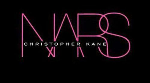 Christopher Kane y NARS colaborarán juntos en una nueva colección de maquillaje