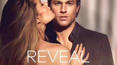 Calvin Klein lanza la versión masculina de 'Reveal':