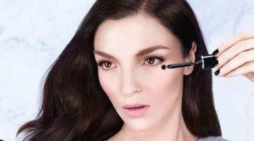 Mariacarla Boscono se convierte en el nuevo rostro de Givenchy Le Makeup