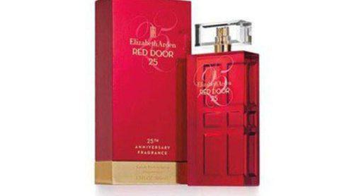 Elizabeth Arden celebra sus 25 años lanzando una nueva edición de 'Red Door'