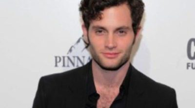 Consigue el look de Penn Badgley