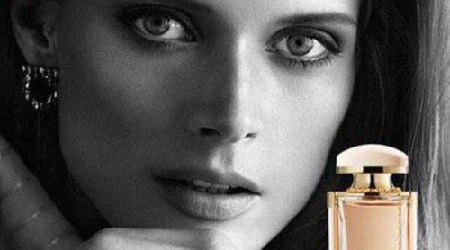 Malgosia Bela, musa perfecta para Ferragamo y su nuevo perfume 'Emozione'