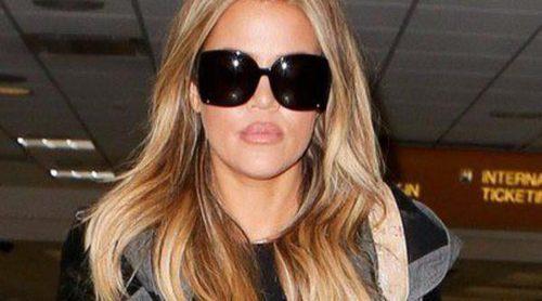Khloe Kardashian deja atrás las mechas californianas y se pasa al rubio