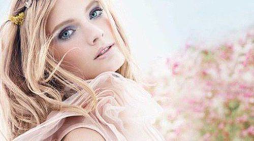 Estée Lauder renueva aroma para esta primavera con 'Pleasures Florals'