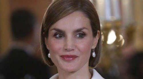 La Reina Letizia y su bob made in Hollywood: Elsa Pataky, Halle Berry, Kaley Cuoco,... sus antecesoras