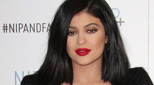Kylie Jenner desvela el secreto de sus carnosos labios