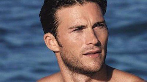 Scott Eastwood presume de cuerpo y de amor por el mar para Cool Water de Davidoff