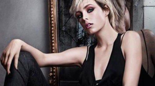 Edie Campbell se pone rockera para presentar el make up otoñal de Yves Saint Laurent
