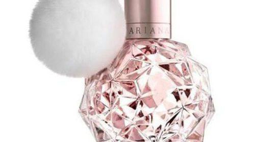 Ariana Grande lanza 'Ari by Ariana Grande', su primer perfume