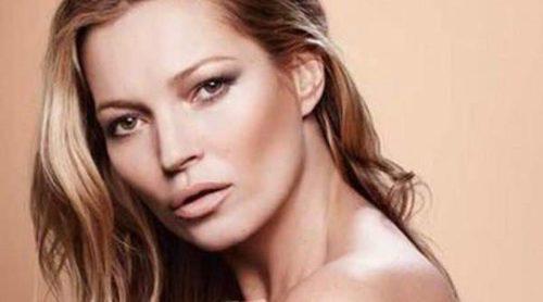 Kate Moss lanza una colección de labiales y pintauñas nude