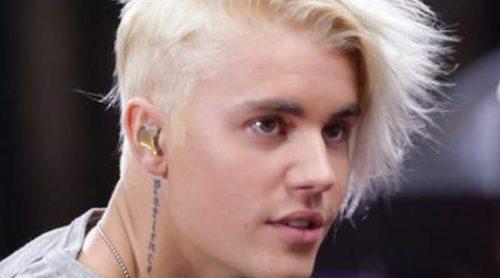 Justin Bieber cambia de imagen: apuesta por el rubio platino