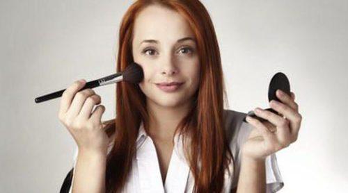 Cómo maquillarse para ir a la oficina