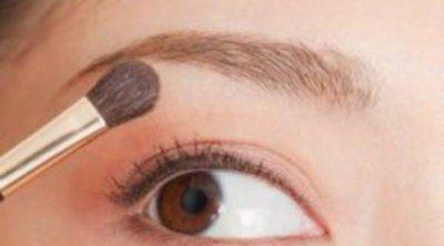 El laborioso trabajo de cambiar la forma natural de tus cejas